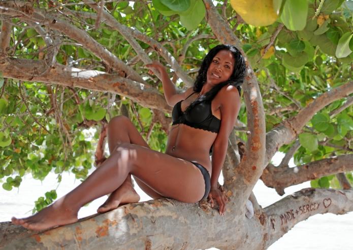 Cuba , portrait, 2015 ,l tree , girl , bikini , canon , 5d3, xeno ,